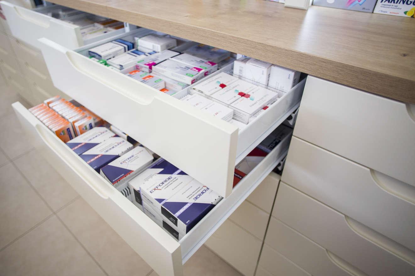 Proiect amenajare farmacie Sanofarm Dej