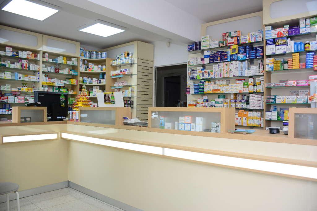 Amenajare farmacie Paltinis